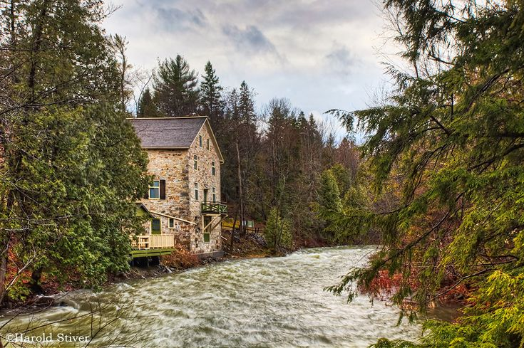 Mill of Kintail, Almonte
