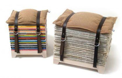 asientos reciclados con revistas, cojin y correas