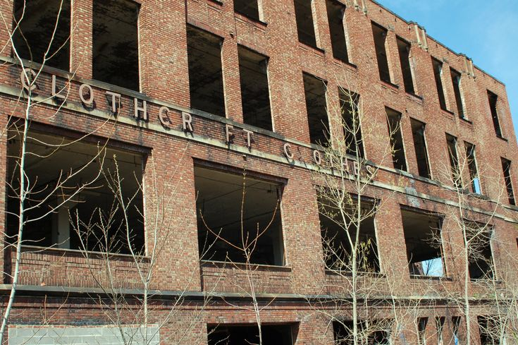 There's definitely something eerie about this abandoned Ohio factory.
