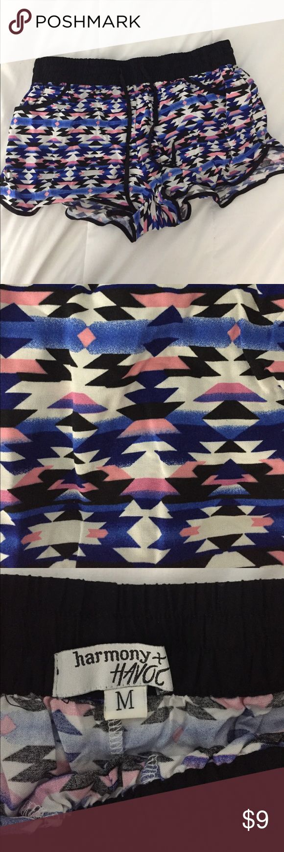 AZTEC PRINT FLOWY SHORTS Super cute flowy shorts, with pockets BRAND NEW Shorts