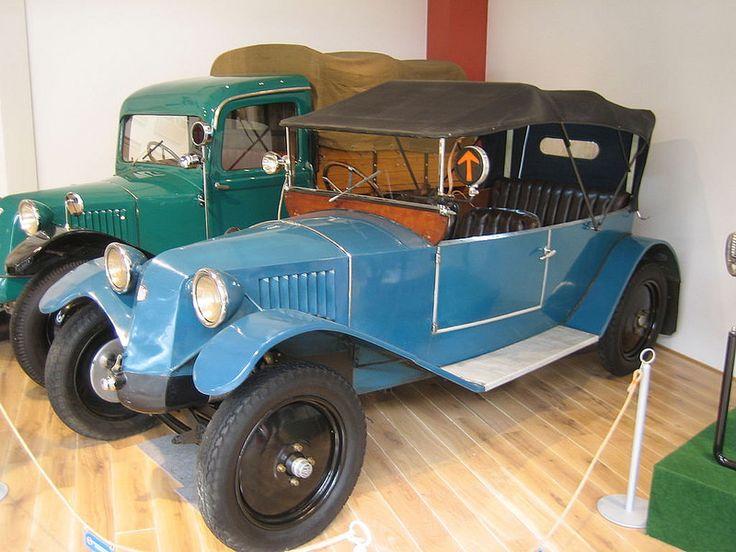 Tatra T 12