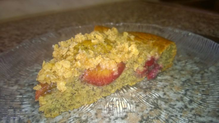 Zdravě i nezdravě: Švestkovo makový koláč s drobenkou