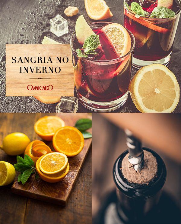 Os drinks não precisam ficar de lado no inverno. A sangria, mistura de vinho tinto, açúcar e suas frutas cítricas favoritas, é uma ótima opção para essa estação.