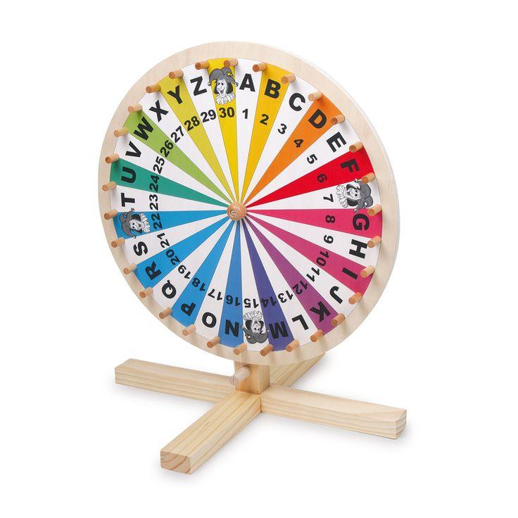 Rad van Avontuur met in de vakjes de cijfers 1 tot en met 30, de letters A tot en met Z en 4 jokers. Leuk voor verlotingen en woordspelletjes. Voorzien van houten pennen. Afmeting: 34 x 41 x 34 cm - Rad van Avontuur