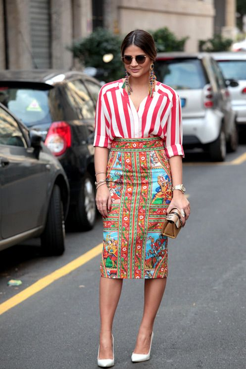 I love the mixed prints here. The skirt is to die for. The top I'd wear in teal.
