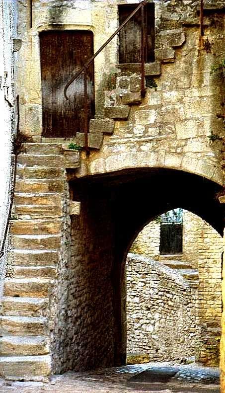 Street - Les Baux-de-Provence, Provence-Alpes-Cote-dAzur