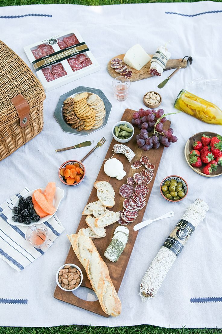 need an affordable date night idea?? how about a sunset picnic with lots of yummy @columbusmeats paired with cheeses, fruit, nuts, and more toppings! see my picnic + charcuterie essentials on jojotastic.com #salami #craftmeat #nobaloney #ad