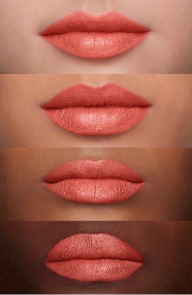 MAC Nude Lipstick: Runway Hit (M)