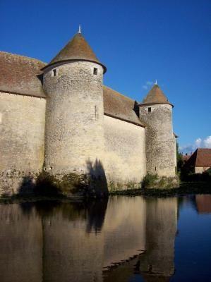 Château de Sagonne, maison de Sancerre, Berry. Cher