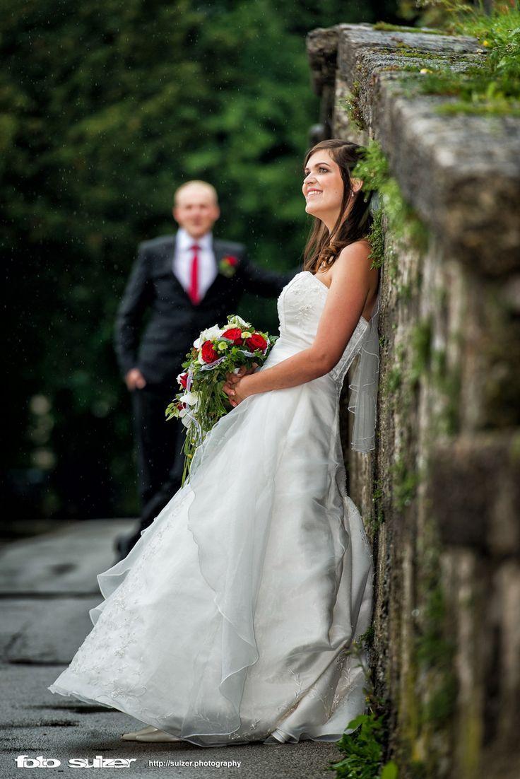 Hochzeit in Mirabell und auf der Engelsstiege in Salzburg bei Regen - Tamara und... - Wedding Fotoshooting
