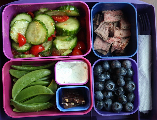 Lots of healthy lunchbox ideas--need. i am getting tired of junky junk foood