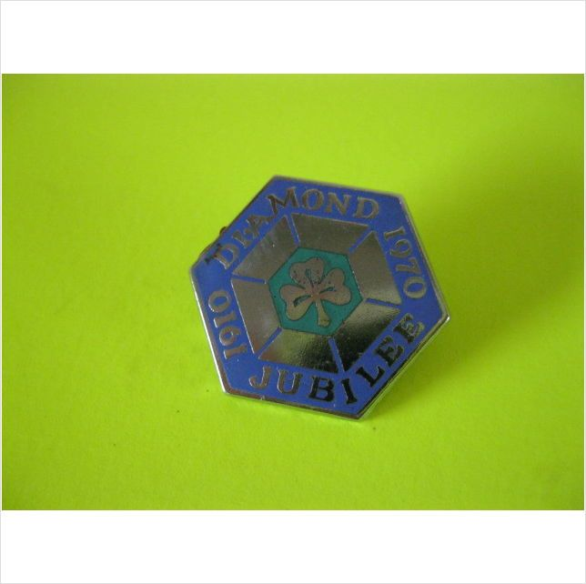 Girl Guides badge or pin Diamond Jubilee 1910 - 1970 fattorini