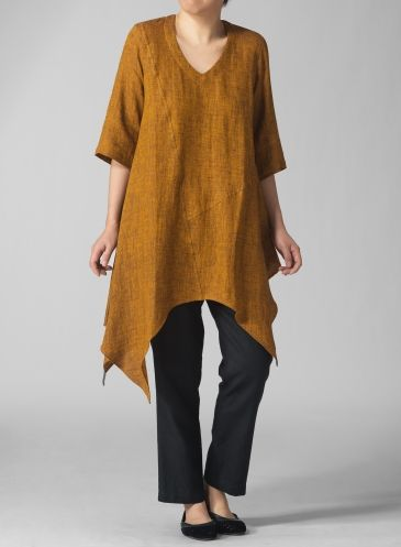PLUS Clothing - Linen V-Neck Short Sleeve Tunic