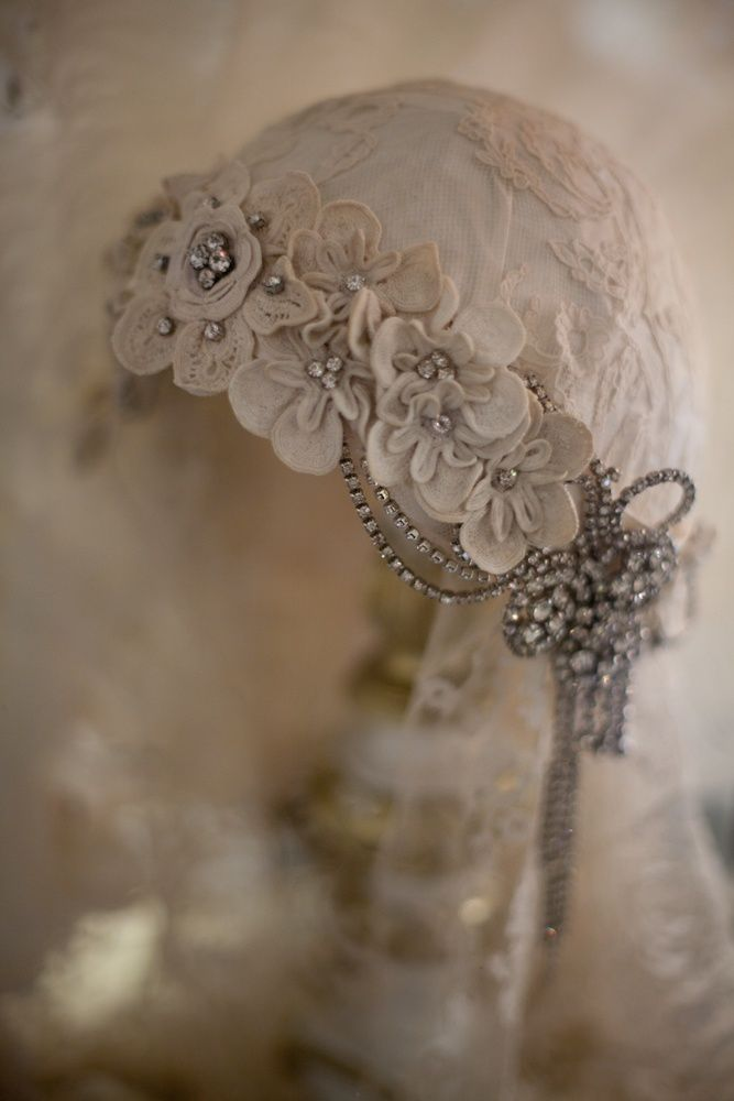 Modern bridal headwear inspired by the 1920's
