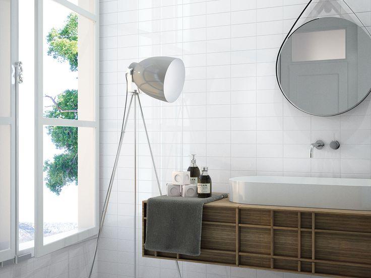 Los baños sencillos, luminosos y de líneas rectas nos encantan.  En este, la pared está revestida con azulejos de la colección #ChicColors en 7,5x15cm.