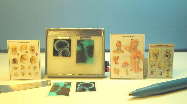 Miniature Xray Machine 2 Skull ,2 Neck Xrays with 3 Posters :  Dollhouse Mini