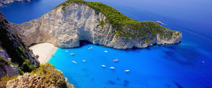 An unforgettable #holiday among #Greece's colors - Ecobnb  #Travel #Europe #Sea