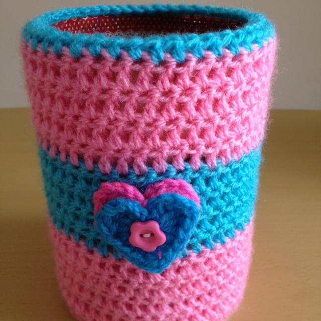 Crochet tin cover