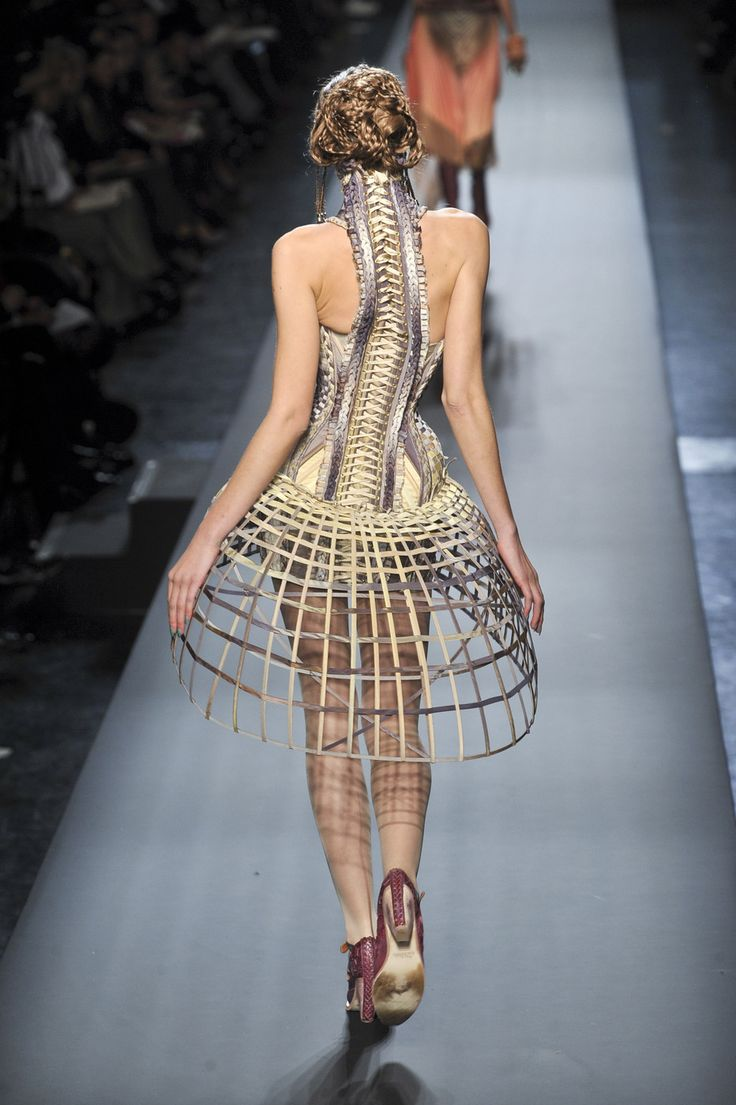 Jean Paul Gaultier Couture SS 2010 back