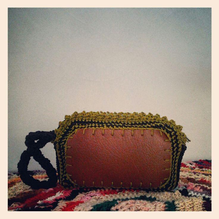 Crochet small purse. Follow my instagram @adrina_lisa.