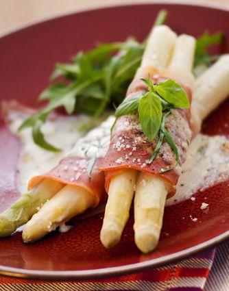 Witte asperges met Parmezaanse kaas #aspargus