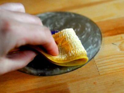 6 increíbles métodos caseros para reparar discos rayados
