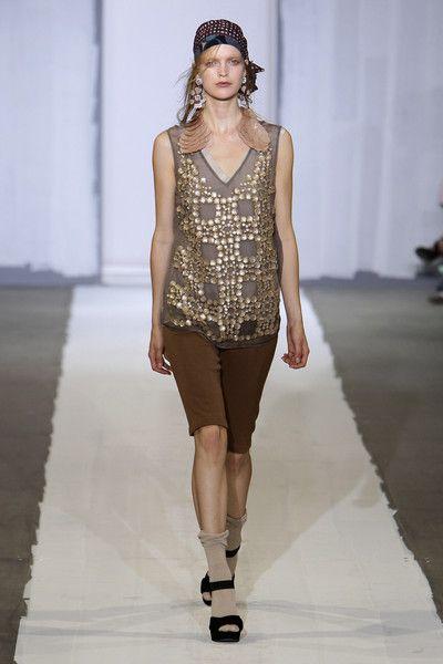 Marni at Milan Fashion Week Spring 2010 - Runway Photos