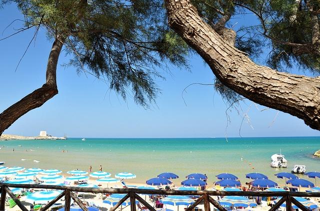 #Manacore, la cui #baia è considerata tra le più suggestive della Puglia  #Manacore, whose #bay is considered to be one of the most evocative in Apulia   #Gargano #Puglia #Apulia #ItaliaIT #sea #mare