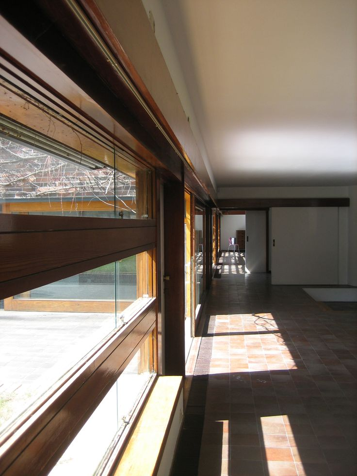 HUARTE HOUSE 1966 CORRALES Y MOLEZÚN MADRID, SPAIN -North corridor, looking at the three private backyards