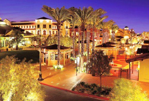 Looking for something to do that is off the busy Las Vegas strip? Check out this list of 10 places near the strip that are not to be missed!