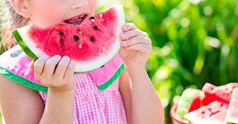 ¿Cómo hacer para que tu hijo coma fruta?