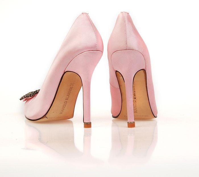 36 best manolo blahnik m3 images on pinterest for Shoe designer manolo blahnik