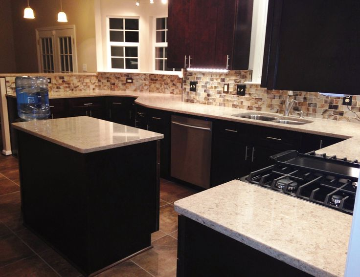 Kitchen Remodel, Craftsman Java Maple Wood Cabinets, Silestone Countertops, Island, Undercabinet Lighting