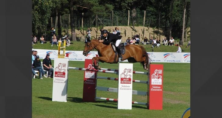 Which of these is NOT an Olympic equestrian event?