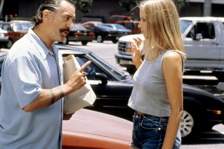 Robert De Niro and Bridget Fonda in Jackie Brown by Quentin Tarantino, 1997