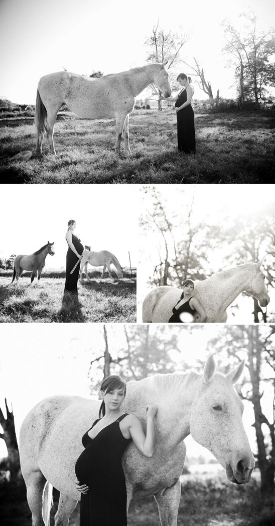 {<3} Maternity Session in the Horse Pasture