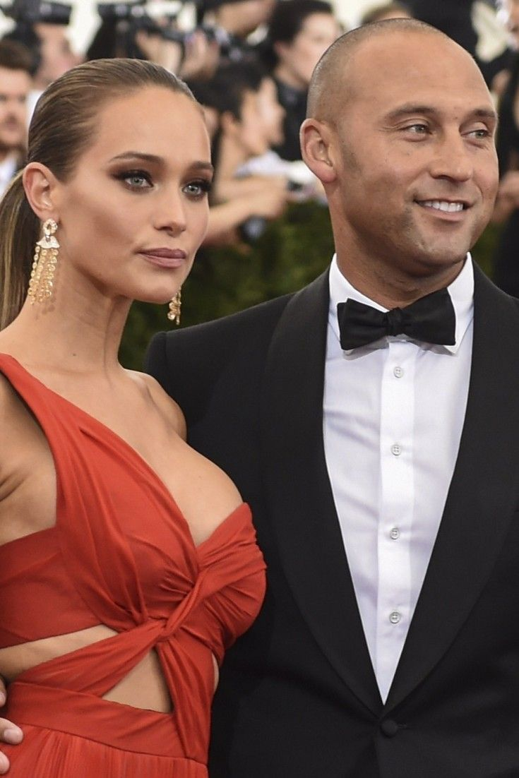 Derek Jeter Went Dutch On A Pizza Check With Hannah Davis In Italy