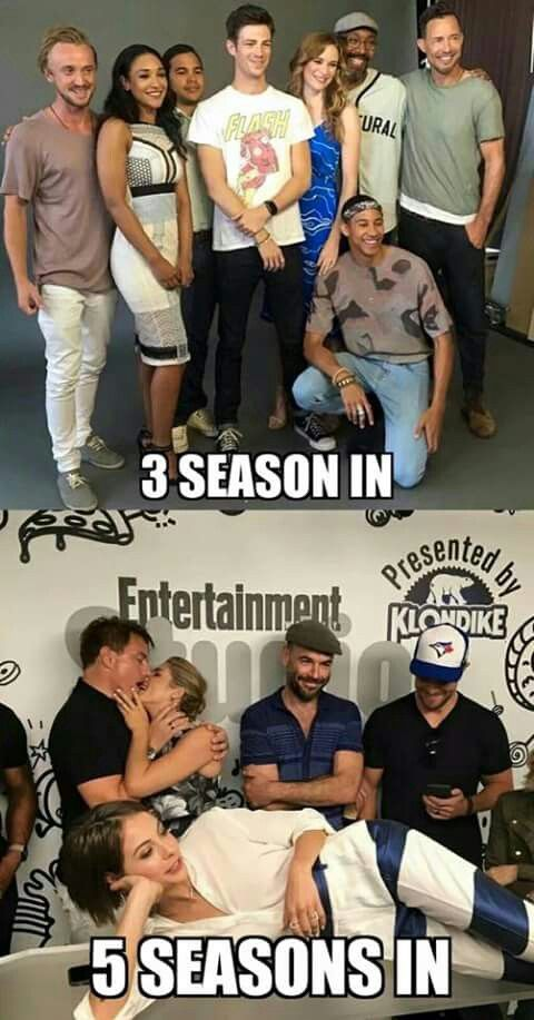 The Flash cast: professionals. The Arrow cast: let's see...Paul, professional; Willa, being funny playing up the adorable; Emily and John, false tonsil hockey to make every man jealous; THE STAR OF THE FRICKING SHOW, his favorite baseball hat on his phone laughing at his life/friends.