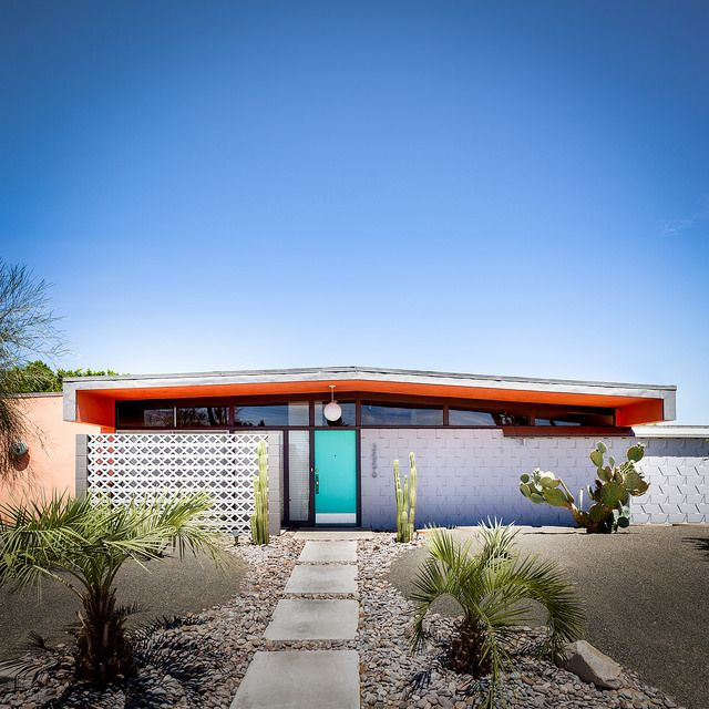 El Rancho Vista Estates | Flickr - Photo Sharing!  Love the door color as well as the screening!  <3