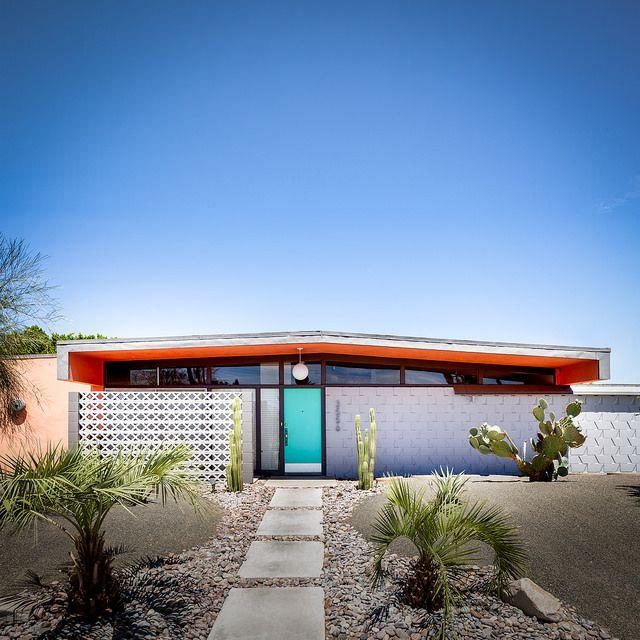 El Rancho Vista Estates   Flickr - Photo Sharing! Love the door color as well as the screening! <3
