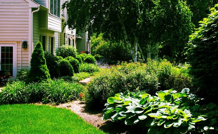 Front Yard Landscape Design & Landscape Architecture in NY and NJ. Creative frontyard curb appeal solutions.