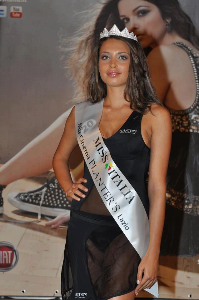 http://www.leichic.it/bellezza-donna/chiara-carlini-di-uomini-e-donne-finalista-di-miss-italia-2012-23167.html