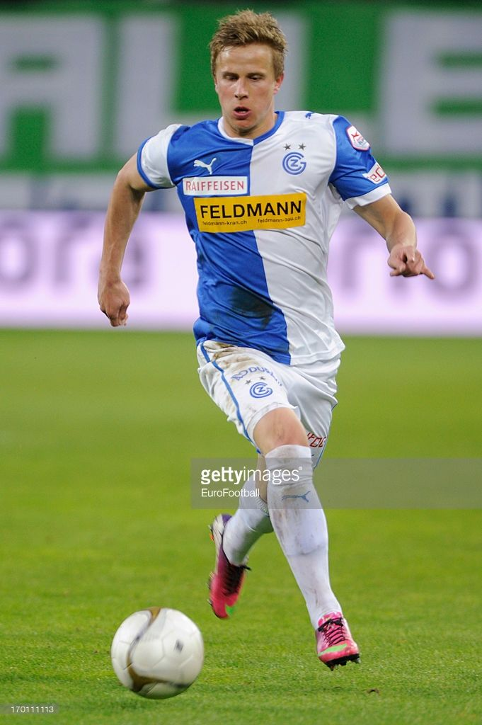 moritz-bauer-of-grasshopper-club-in-action-during-the-swiss-super-picture-id170111113 (681×1024)