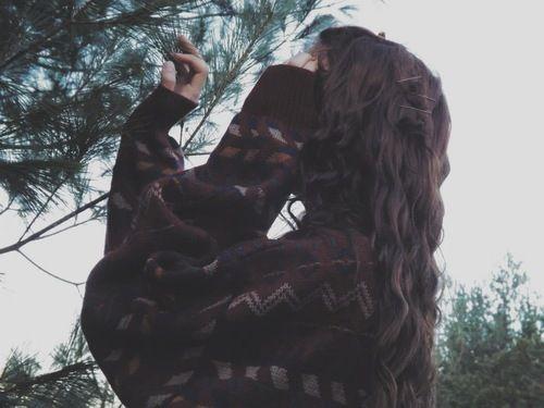 кудрявые волосы, девушка, гранж, хипстер, инди, природа, бледные, стиль, свитер, винтаж