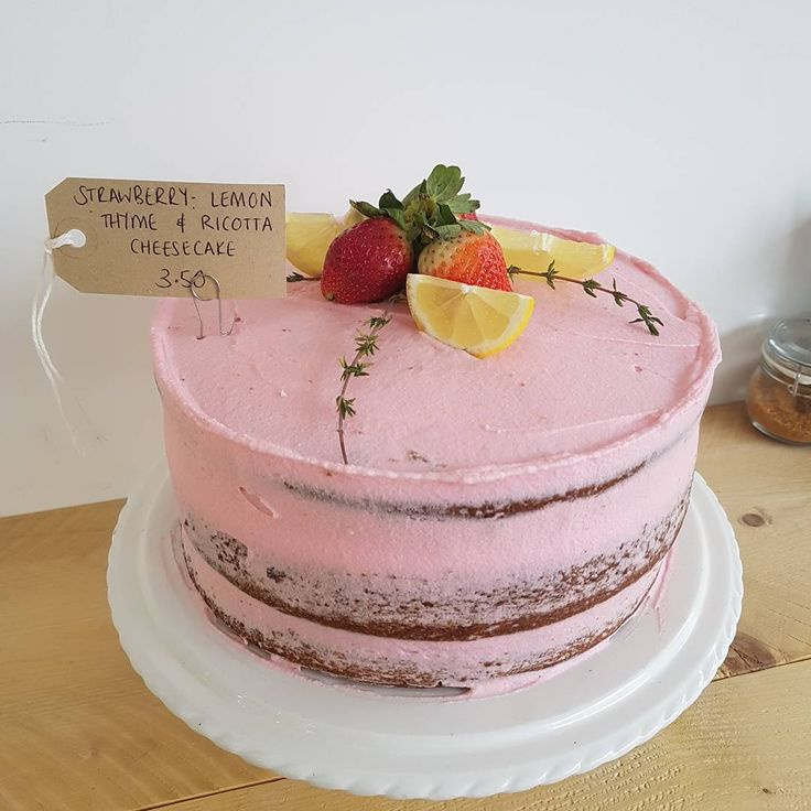 WE'RE BACK! 10-3 😆  #pretty #pink #roastedstrawberries #ricotta #cheesecake #frosting #thyme #lemon #fresh #perfectly #prettycake #seminaked #almostnaked #nakedscrape #instacakes #cakesofinstagram #artisancakes #yorkshire #northerncakes #bakemydayee #bmd #CASTLEFORD