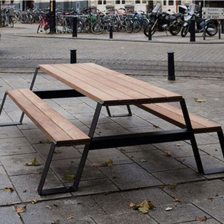 decovry.com - VONK Furniture | Fuse Picknick Tafel | Zwart