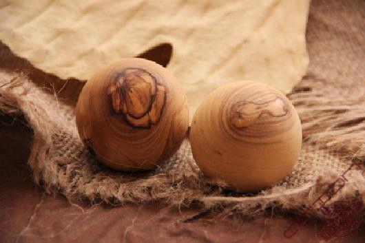 olive-wood-ball-anion-1.jpg