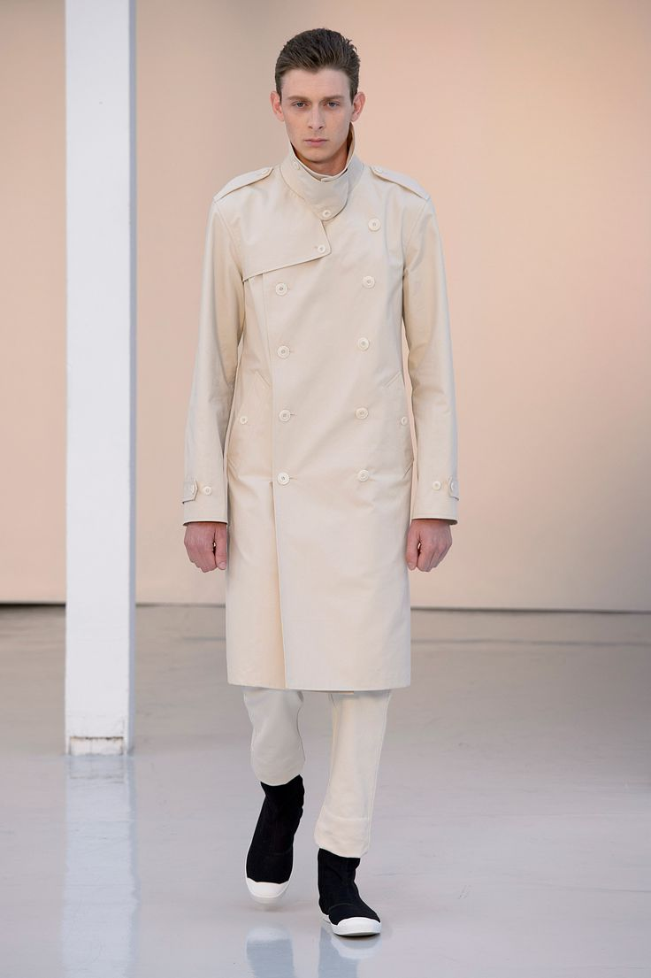 13. Trench coat in water-repellent cotton bachette, chino in heavy cotton twill, high cut sneakers in cotton denim #lemaire