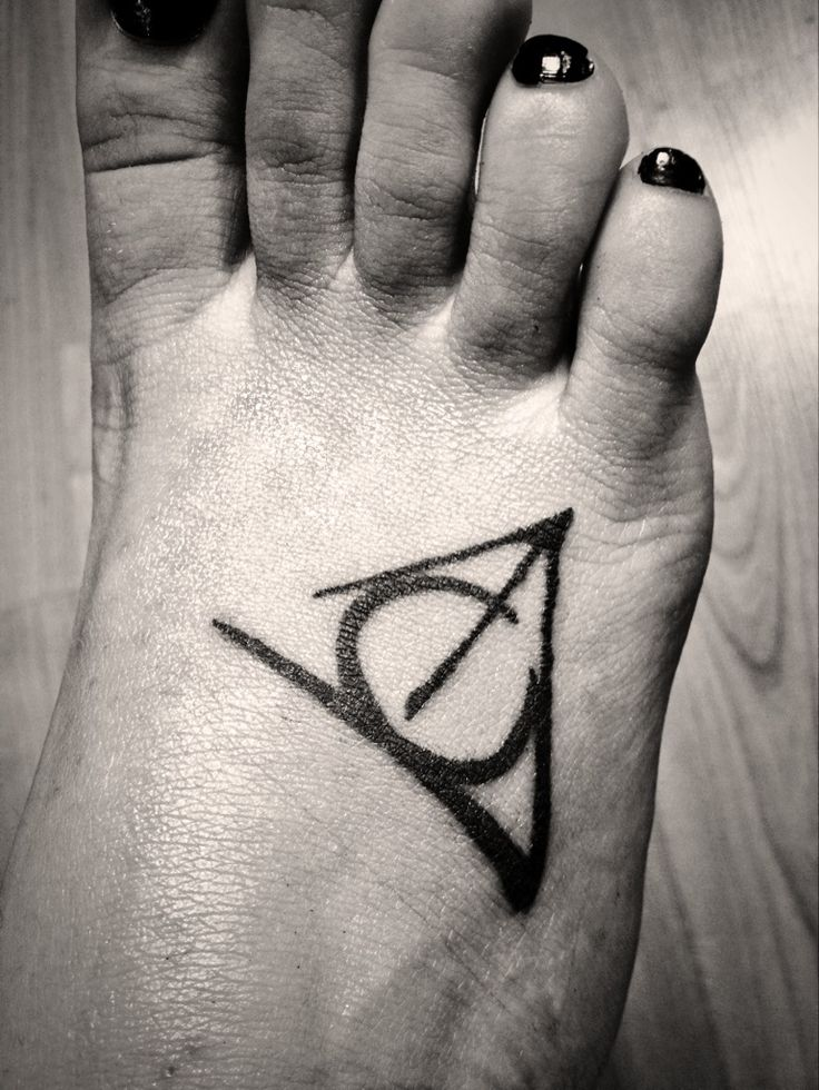 1000 ideas about deathly hallows tattoo on pinterest. Black Bedroom Furniture Sets. Home Design Ideas