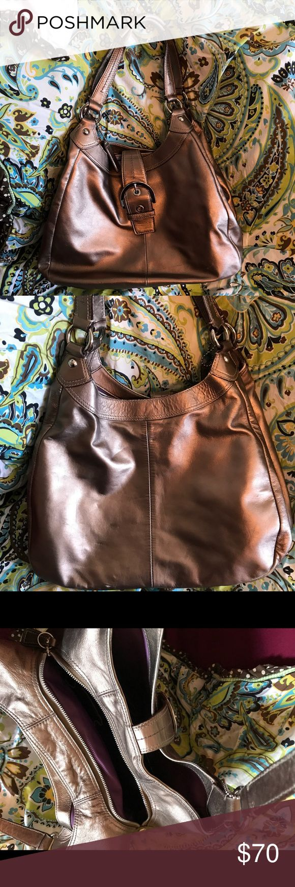 Coach Leather Handbag Pre-owned hand bag as seen in pic Coach Bags Shoulder Bags